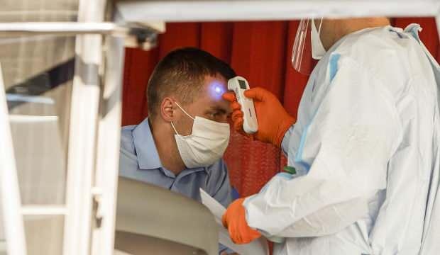 Fransa'da her 30 saniyede 1 kişi koronavirüs nedeniyle hastaneye yatıyor!