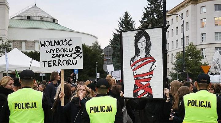 Polonyalı kadınların mücadelesi sürecek