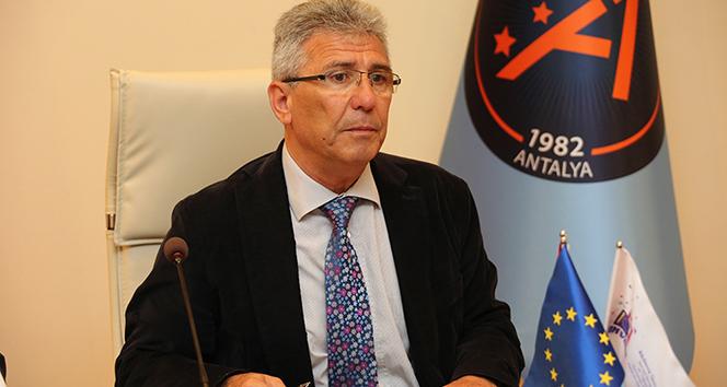 Friedrich Ebert Vakfı'nın Türk eski bursiyerleri AB Büyükelçisi ile buluşacak