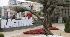 Kağıthane Meydanı düzenlenen törenle açıldı