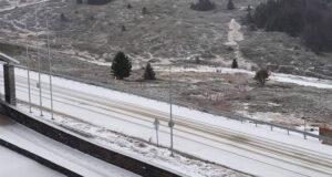 Uludağ'a yılbaşı öncesi beklenen kar düştü
