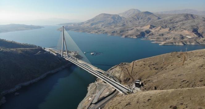 Kömürhan Köprüsü açıldı! 16 şehri birbirine bağlıyor