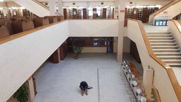 Boğaziçi Kütüphanesi'nde oturma eylemine başladı