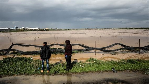 İsrail, Gazze'nin doğusundaki tarım arazilerini bir ayda ikinci kez sular altında bıraktı