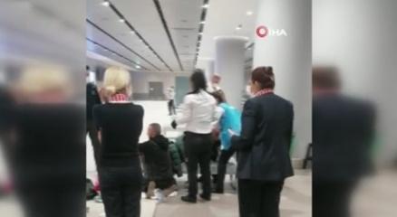 İstanbul Havalimanında bir yolcu doğum yaptı