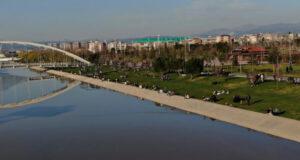 Bursa'da havayı güzel gören vatandaşlar açık havanın keyfini kurallara uyarak geçirdi