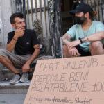 10-liraya-dert-dinleyen-gezgin-kendisini-aglatana-100-lira-veriyor