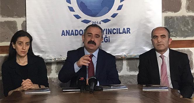 AYD Başkanı Burhan: 'Yerel medyaya sahip çıkmak bir milli güvenlik meselesidir'