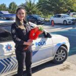 gorev-basindaki-kadin-polislere-anneler-gunu-nde-duygulandiran-supriz