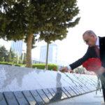 cumhurbaskani-erdogan-baku-de-turk-sehitligini-ziyaret-etti