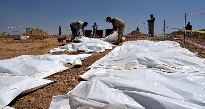 Irak'ta DEAŞ tarafından öldürülen 123 kişinin toplu mezarı bulundu