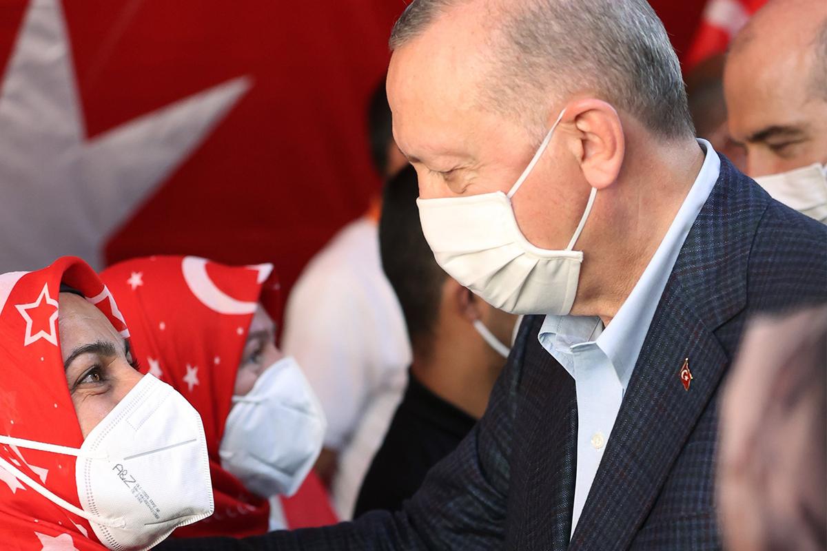 Diyarbakır annelerinden Cumhurbaşkanı Erdoğan'a: 'Senin sayende bu gücü buluyoruz'