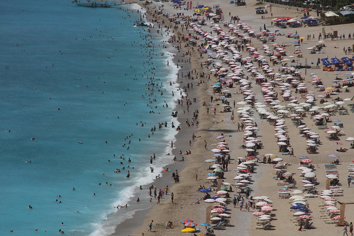 Fethiye'nin nüfusu bayramda 1 milyonu geçti