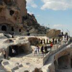 kapadokya-nin-simgelerinden-uchisar-kalesi-yeniden-ziyarete-acildi-60f479ad26b83