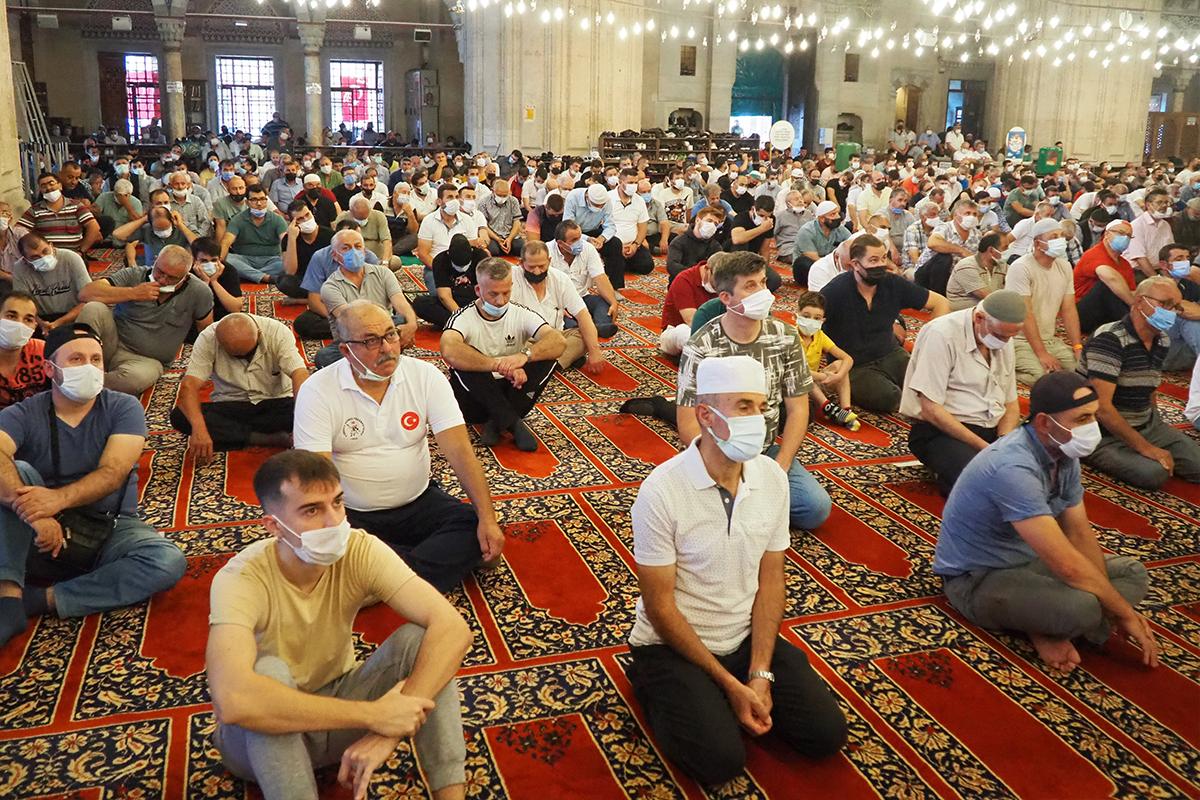 Selimiye Camii'nde bir yıl aradan sonra Kırkpınar kalabalığı