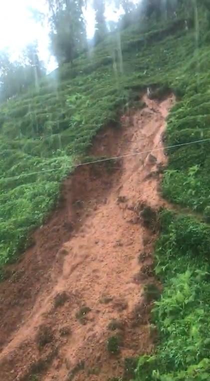 Şiddetli yağış Rize'yi etkisi altına aldı