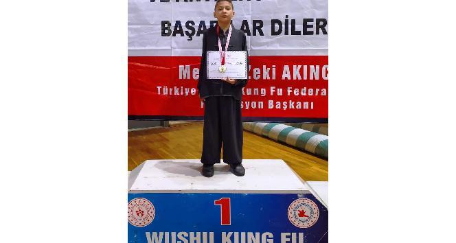 Yunusemreli wushucular Türkiye şampiyonu oldu