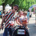 2-yasindaki-lucas-maratonu-ailesi-ile-kostu-612bdf79e221d
