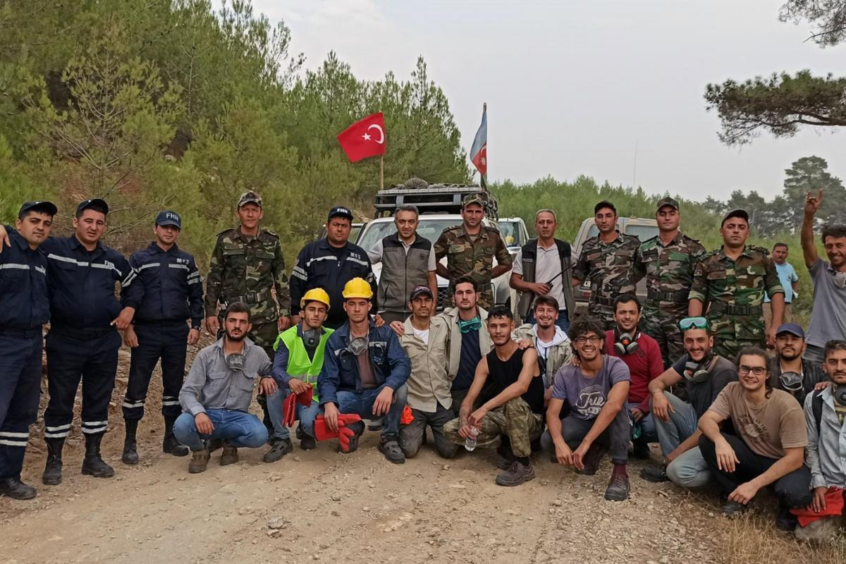 Azerbaycan'dan ekip desteği sürüyor