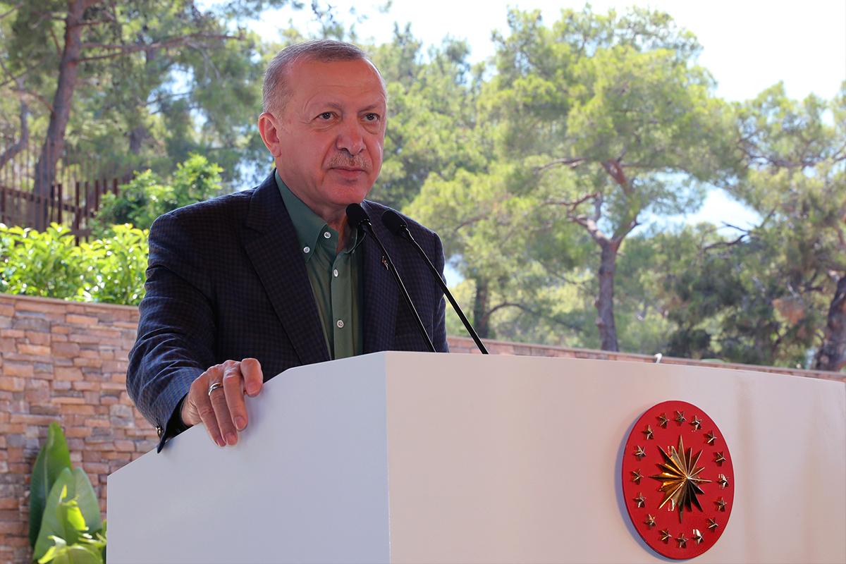 Cumhurbaşkanı Erdoğan: 'Artık İHA'larımız, SİHA'larımız, Akıncı'larımız var. Kapılarda dilenci değiliz'