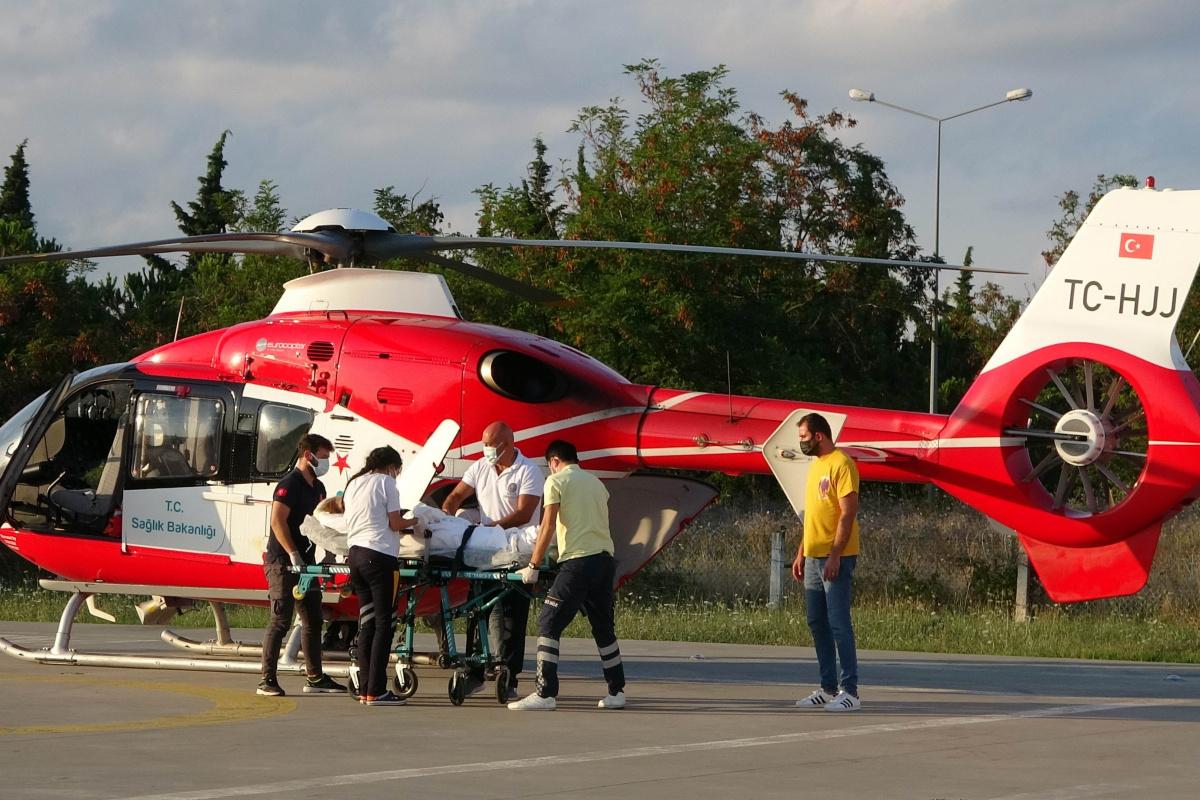 Diyaliz hastası kadın ambulans helikopterle hastaneye yetiştirildi
