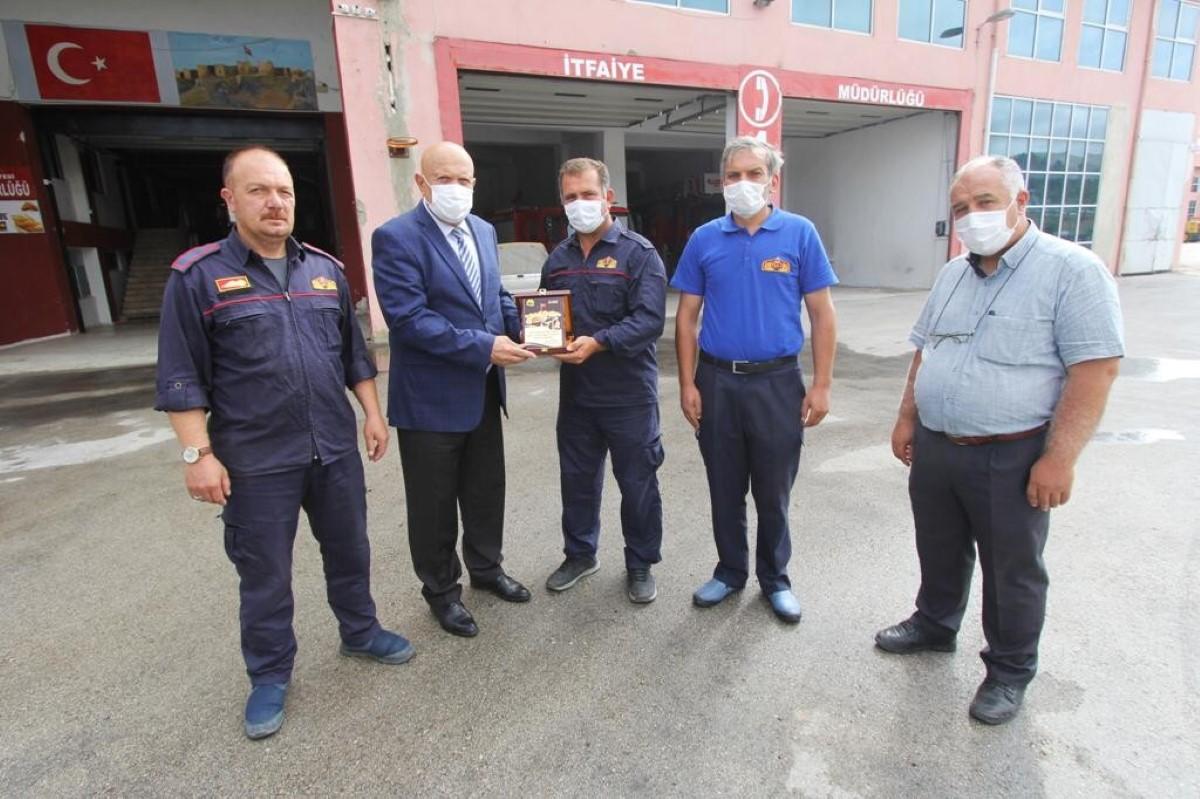 Manavgat'tan dönen itfaiye personelleri ödüllendirildi