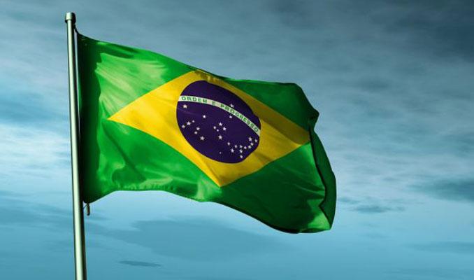 Brezilya Devlet Başkanı tartışmalı sosyal medya kararnamesini imzaladı